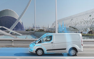 Mașinile plug-in hybrid Ford vor intra automat în mod electric în anumite zone predefinite: utilitara Transit Custom, primul model cu această funcție