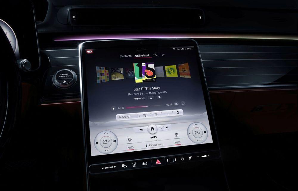 Primele imagini cu interiorul viitorului Mercedes-Benz Clasa S: vârful de gamă va putea fi comandat cu 5 ecrane și va avea instrumentar de bord 3D - Poza 14