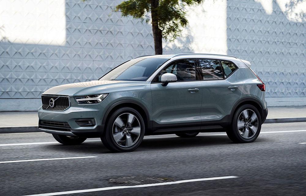 Volvo XC40 are o nouă versiune de bază: motor pe benzină de 1.5 litri cu 129 CP. În România, de la 32.800 de euro - Poza 1
