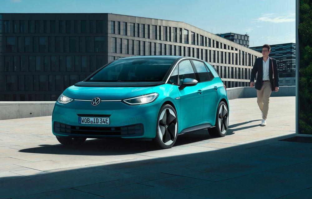Volkswagen ID.3 va disponibil la comandă pentru toți clienții interesați începând din 20 iulie: livrările vor începe în octombrie - Poza 1