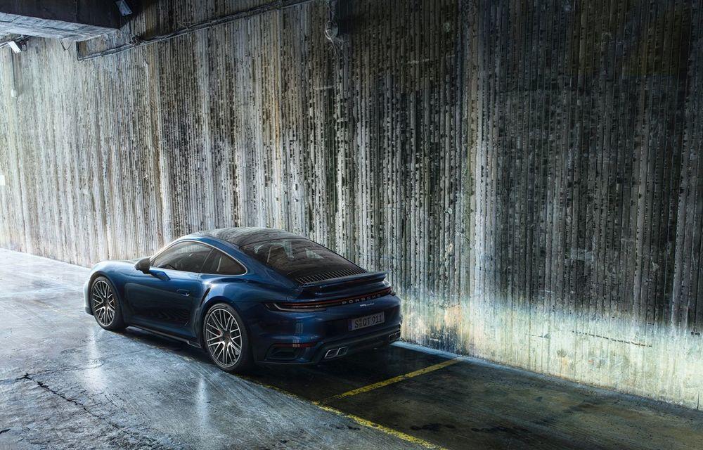 Porsche a prezentat noul 911 Turbo: 580 de cai putere și 0-100 km/h în doar 2.8 secunde - Poza 10