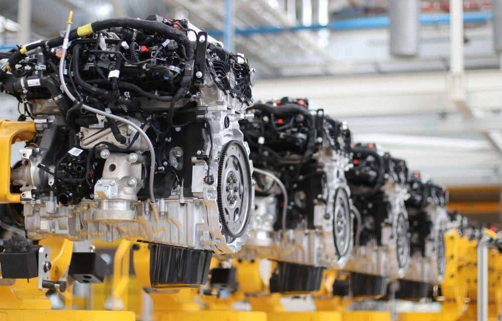 Sărbătoare la Jaguar Land Rover: uzina din Wolverhampton a depășit borna de 1.5 milioane de motoare - Poza 1