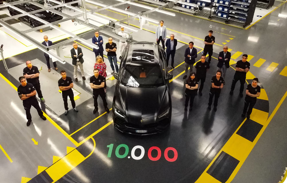 Sărbătoare la Lamborghini: SUV-ul Urus a atins pragul de 10.000 de unități produse - Poza 2
