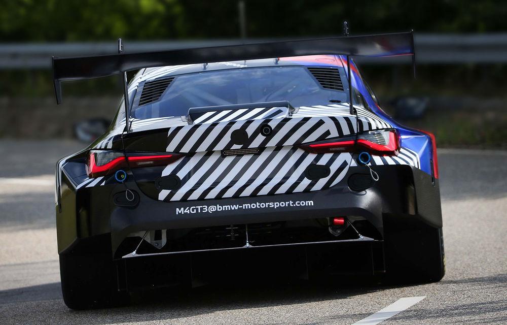 Primele imagini camuflate cu viitorul BMW M4 GT3: modelul de competiții va debuta în sezonul din 2022 - Poza 1