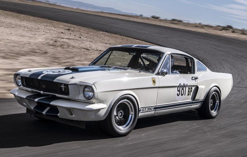 Cel mai scump Mustang din lume: Ford Shelby Mustang GT350R, vândut la licitație pentru 3.85 milioane de dolari - Poza 1