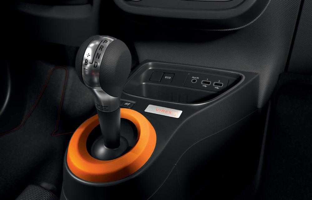 Renault Twingo ZE primește ediția limitată Vibes: culoare de caroserie Valencia Orange pentru cel mai nou model electric al francezilor - Poza 8