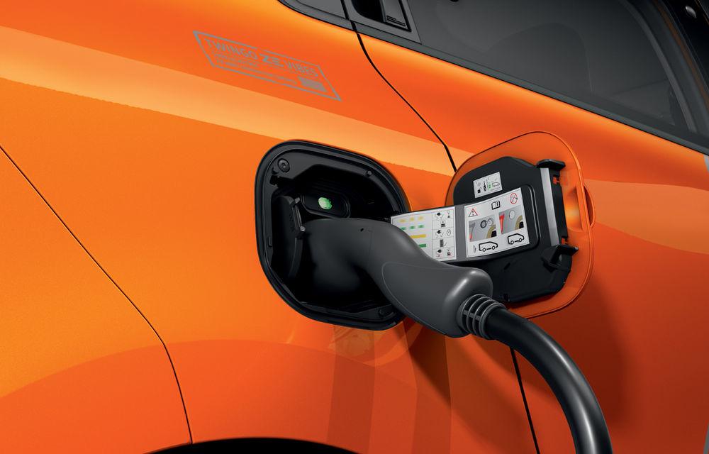 Renault Twingo ZE primește ediția limitată Vibes: culoare de caroserie Valencia Orange pentru cel mai nou model electric al francezilor - Poza 2