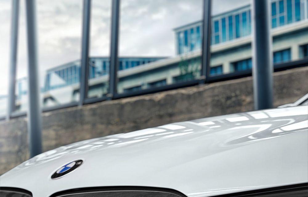 BMW lansează gama de accesorii M Performance pentru Seria 5 și M5 facelift: elemente de caroserie din fibră de carbon și noutăți pentru interior - Poza 20