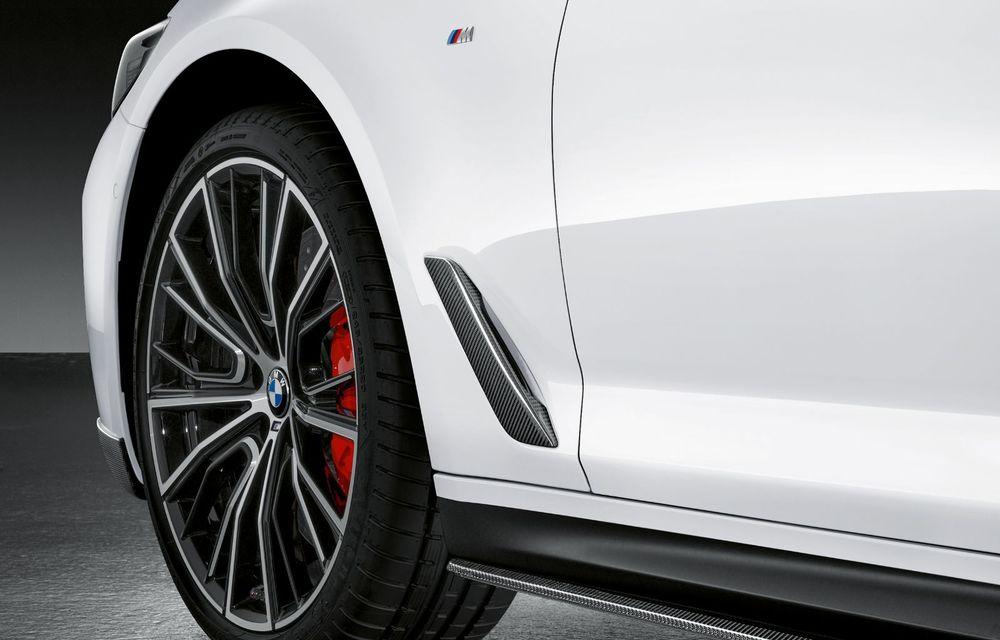 BMW lansează gama de accesorii M Performance pentru Seria 5 și M5 facelift: elemente de caroserie din fibră de carbon și noutăți pentru interior - Poza 24