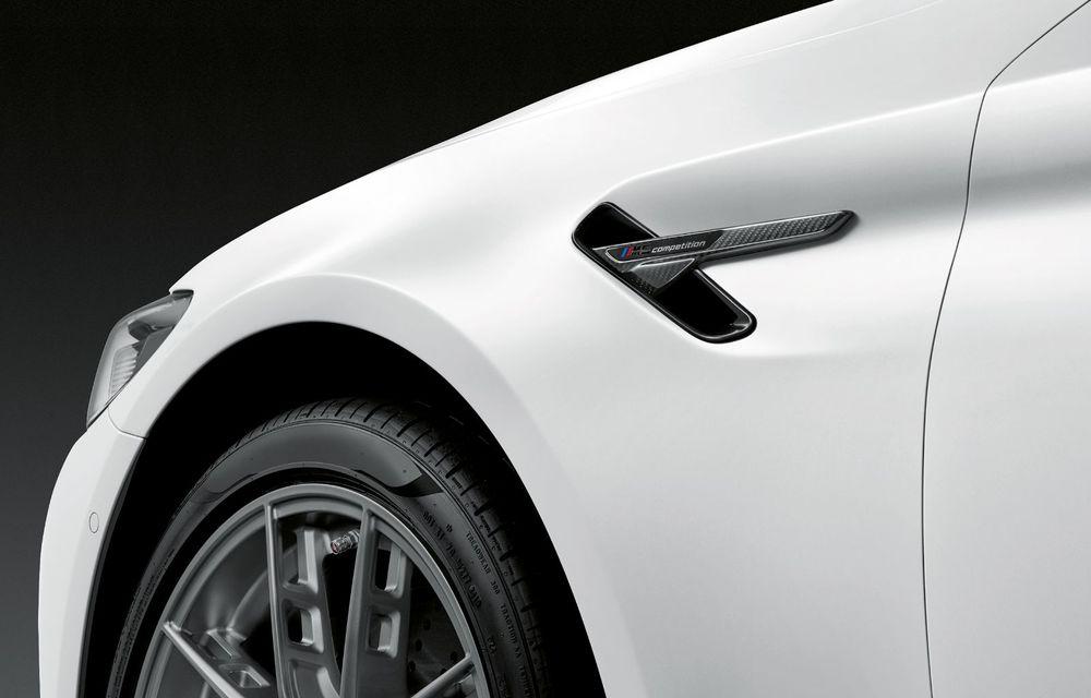 BMW lansează gama de accesorii M Performance pentru Seria 5 și M5 facelift: elemente de caroserie din fibră de carbon și noutăți pentru interior - Poza 41