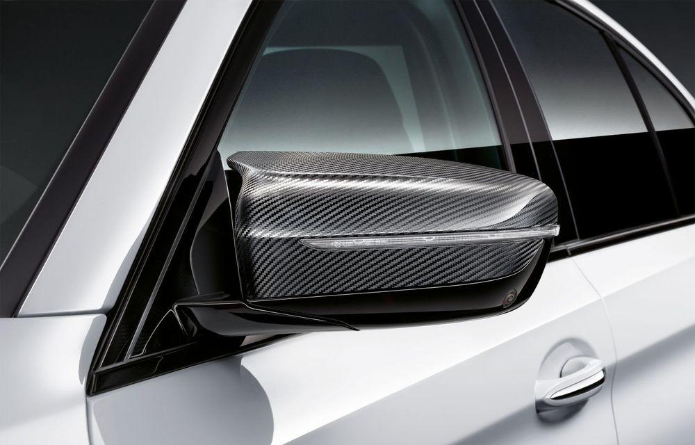 BMW lansează gama de accesorii M Performance pentru Seria 5 și M5 facelift: elemente de caroserie din fibră de carbon și noutăți pentru interior - Poza 38