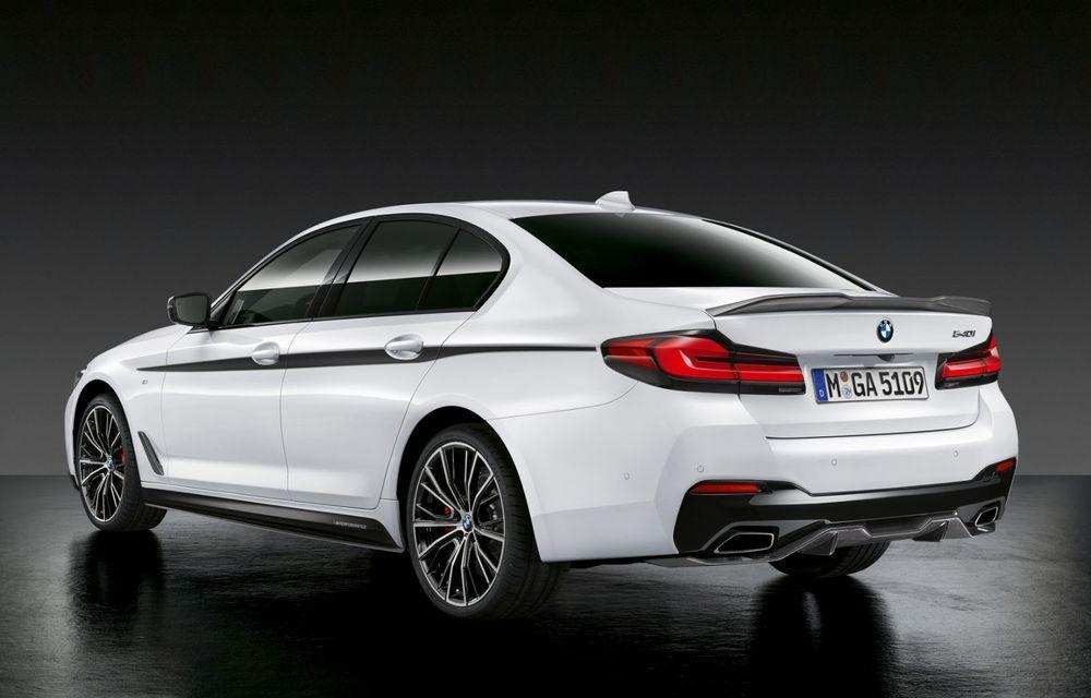 BMW lansează gama de accesorii M Performance pentru Seria 5 și M5 facelift: elemente de caroserie din fibră de carbon și noutăți pentru interior - Poza 7