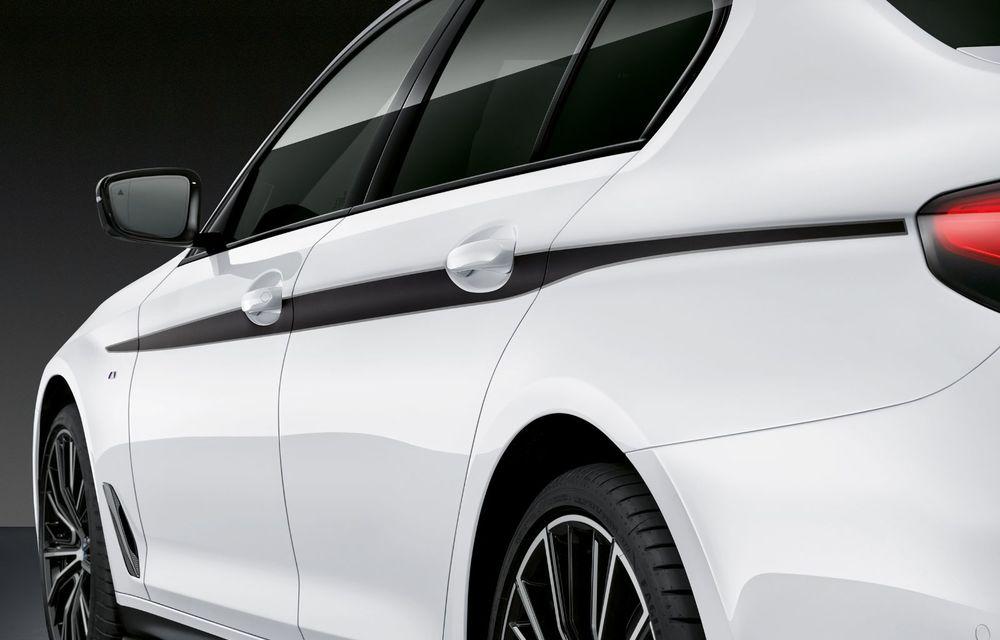 BMW lansează gama de accesorii M Performance pentru Seria 5 și M5 facelift: elemente de caroserie din fibră de carbon și noutăți pentru interior - Poza 23