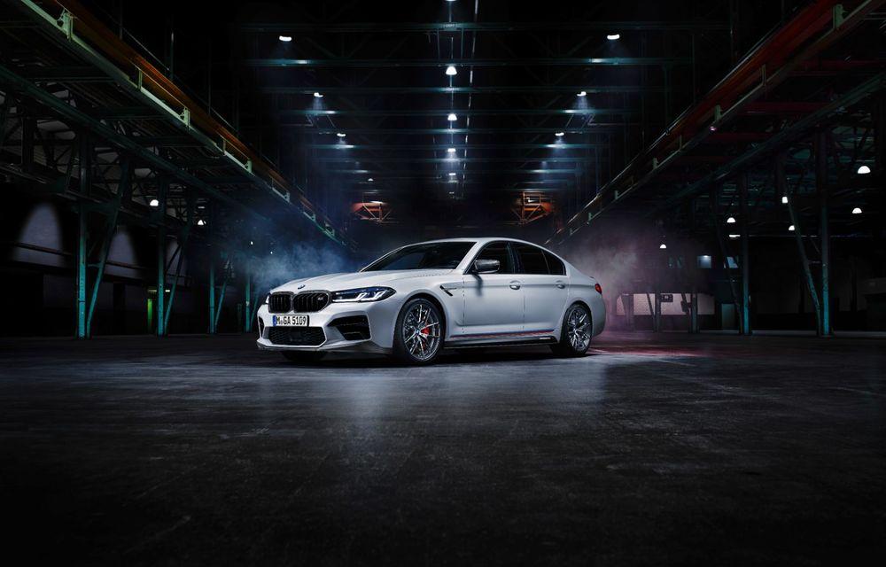BMW lansează gama de accesorii M Performance pentru Seria 5 și M5 facelift: elemente de caroserie din fibră de carbon și noutăți pentru interior - Poza 10