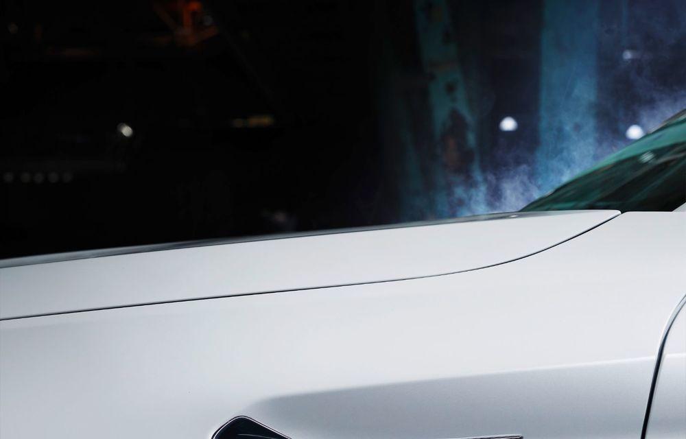 BMW lansează gama de accesorii M Performance pentru Seria 5 și M5 facelift: elemente de caroserie din fibră de carbon și noutăți pentru interior - Poza 33