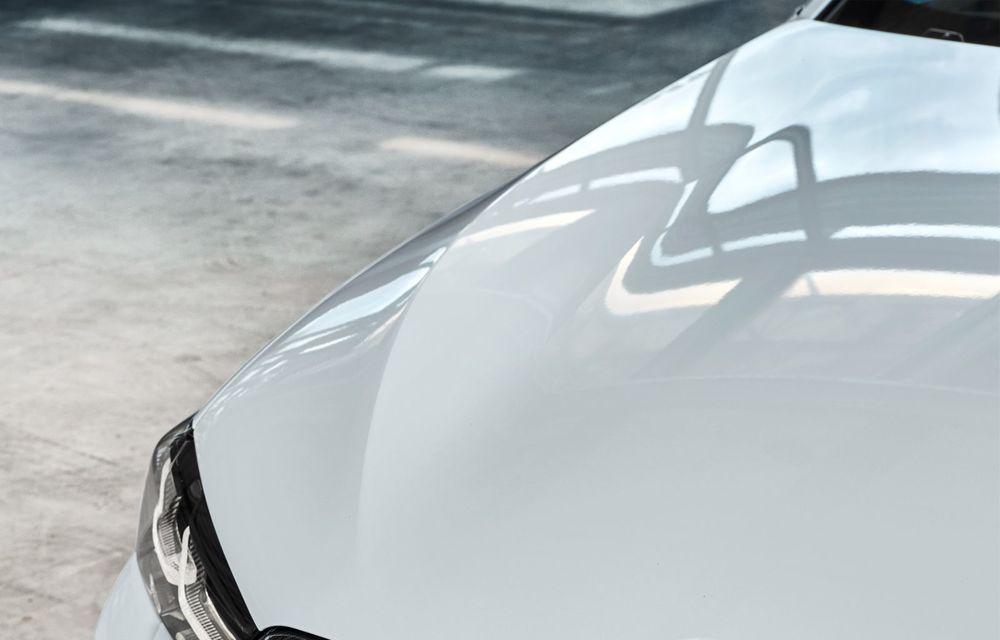 BMW lansează gama de accesorii M Performance pentru Seria 5 și M5 facelift: elemente de caroserie din fibră de carbon și noutăți pentru interior - Poza 18