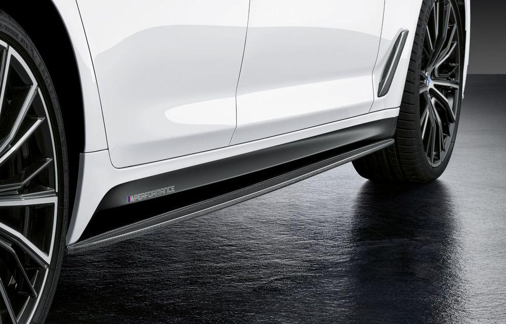 BMW lansează gama de accesorii M Performance pentru Seria 5 și M5 facelift: elemente de caroserie din fibră de carbon și noutăți pentru interior - Poza 26