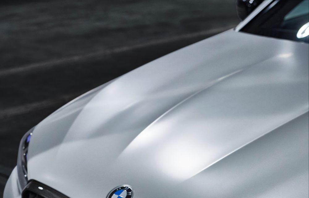 BMW lansează gama de accesorii M Performance pentru Seria 5 și M5 facelift: elemente de caroserie din fibră de carbon și noutăți pentru interior - Poza 35