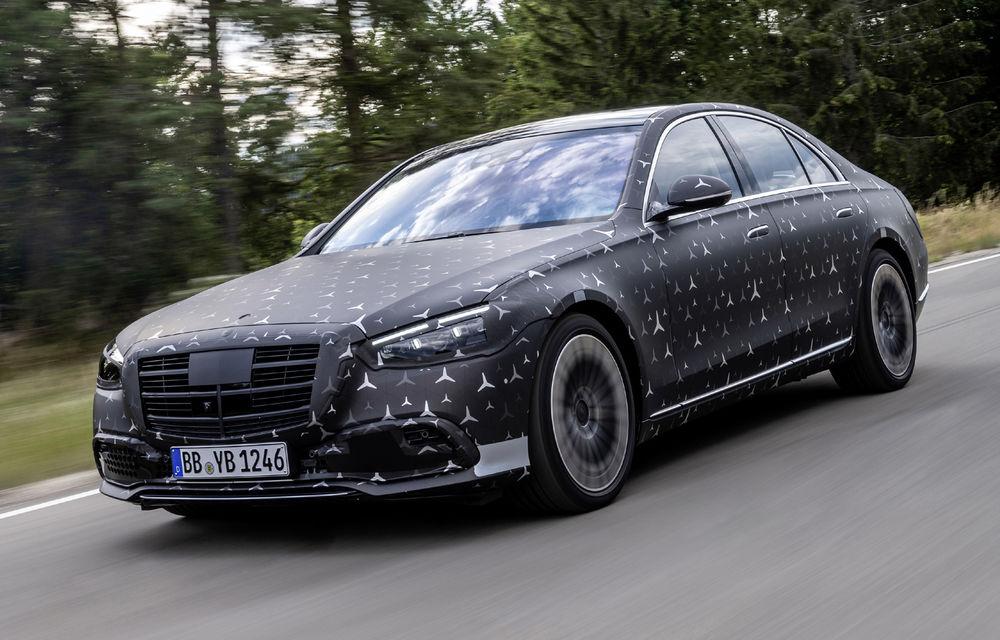 Primele imagini camuflate cu noua generație Mercedes-Benz Clasa S: modelul va avea suspensie activă, direcție integrală și numeroase sisteme de asistență - Poza 6