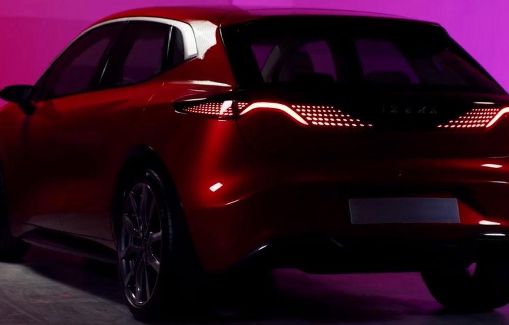 Primele imagini cu mașinile electrice Izera dezvoltate de Polonia: un hatchback și un SUV cu autonomie de până la 400 de kilometri - Poza 4