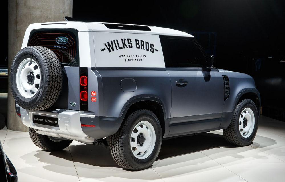 Land Rover a amânat startul producției lui Defender 90 din cauza pandemiei de coronavirus: comenzile pentru versiunea cu ampatament scurt vor putea fi plasate din această toamnă - Poza 1