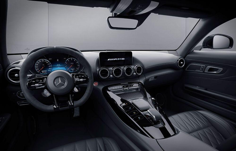 Noutăți în gama Mercedes-AMG GT: 530 de cai putere pentru versiunea de bază și mai multe echipamente disponibile standard - Poza 11