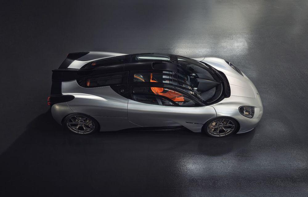 Gordon Murray a prezentat noul T.50, succesorul lui McLaren F1: supercar-ul cântărește mai puțin de o tonă și are un V12 aspirat natural cu 663 CP - Poza 6