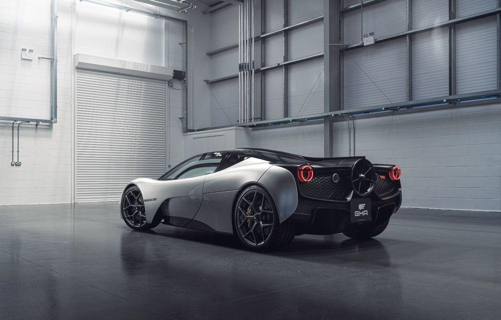 Gordon Murray a prezentat noul T.50, succesorul lui McLaren F1: supercar-ul cântărește mai puțin de o tonă și are un V12 aspirat natural cu 663 CP - Poza 15