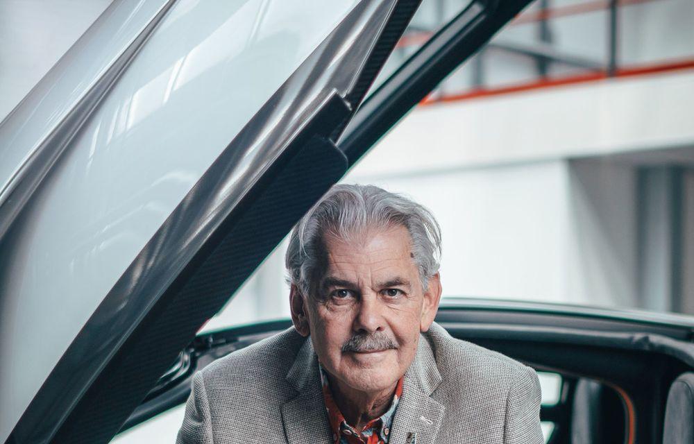 Gordon Murray a prezentat noul T.50, succesorul lui McLaren F1: supercar-ul cântărește mai puțin de o tonă și are un V12 aspirat natural cu 663 CP - Poza 27