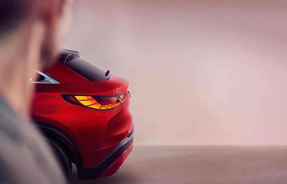 O nouă imagine teaser cu viitorul SUV coupe Infiniti QX55: rivalul lui BMW X4 va fi prezentat în 11 noiembrie - Poza 1