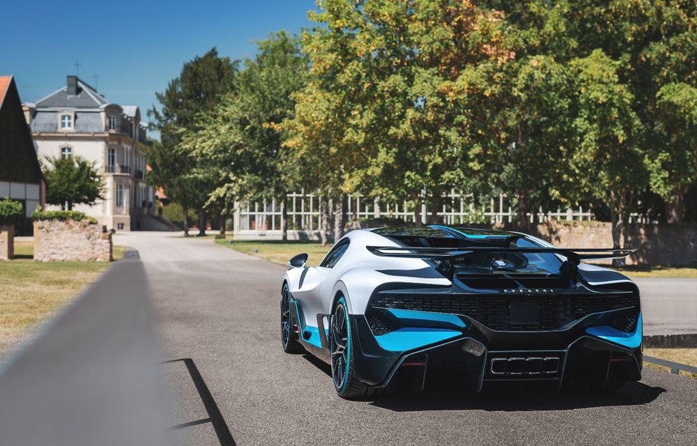 Bugatti a început livrările hypercar-ului Divo: producție limitată la 40 de unități și preț de 5 milioane de euro - Poza 23