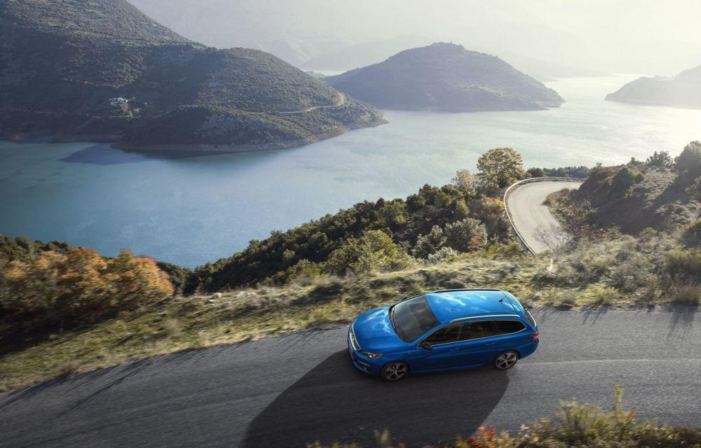 Prețuri Peugeot 308 facelift în România: cea mai recentă versiune a modelului compact pornește de la aproape 18.300 de euro - Poza 6