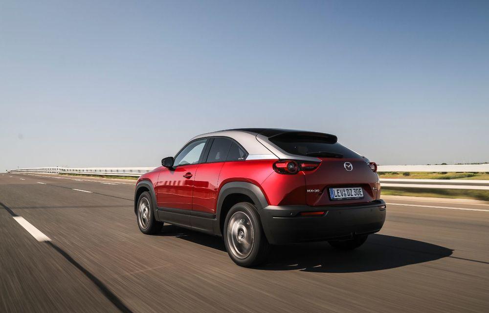 Întâlnire cu MX-30, prima electrică Mazda: autonomia de 200 de kilometri - între probleme de imagine, cifre oficiale și realități - Poza 22