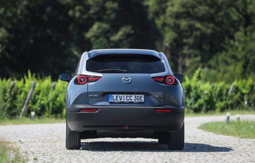Întâlnire cu MX-30, prima electrică Mazda: autonomia de 200 de kilometri - între probleme de imagine, cifre oficiale și realități - Poza 45