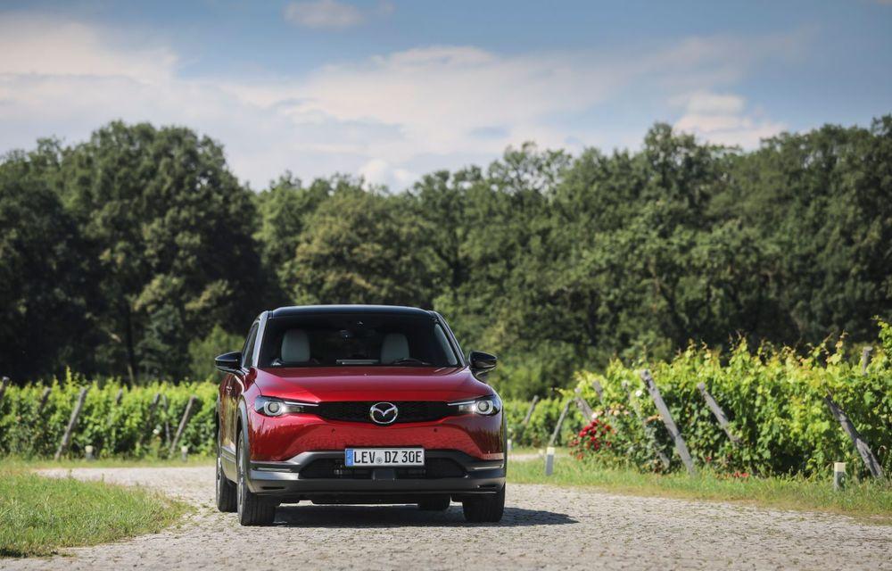 Întâlnire cu MX-30, prima electrică Mazda: autonomia de 200 de kilometri - între probleme de imagine, cifre oficiale și realități - Poza 49