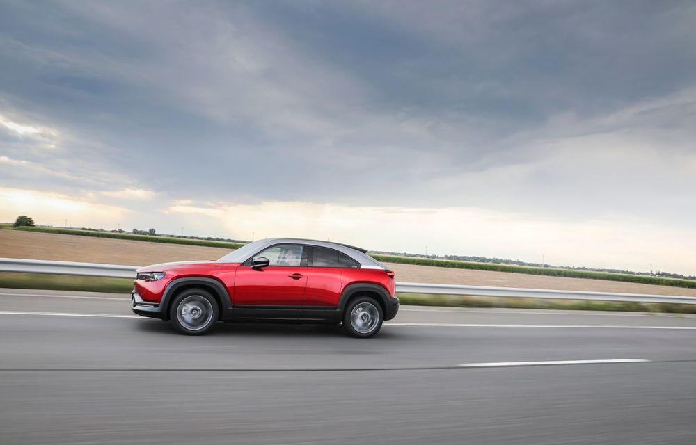 Întâlnire cu MX-30, prima electrică Mazda: autonomia de 200 de kilometri - între probleme de imagine, cifre oficiale și realități - Poza 60