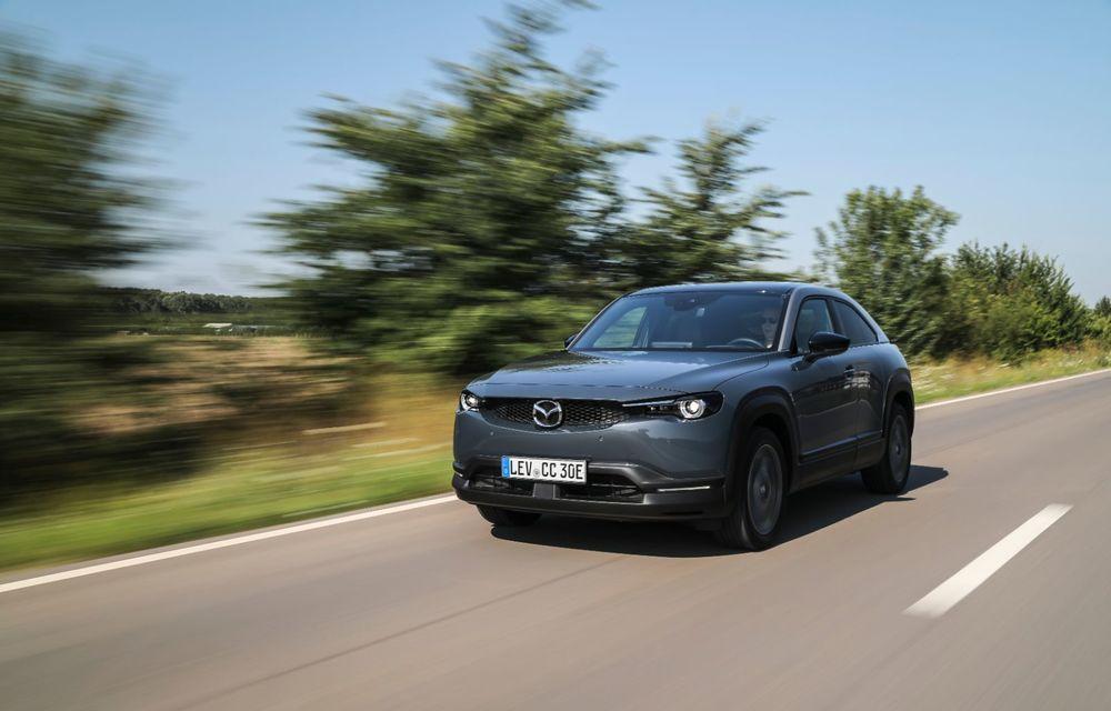 Întâlnire cu MX-30, prima electrică Mazda: autonomia de 200 de kilometri - între probleme de imagine, cifre oficiale și realități - Poza 7