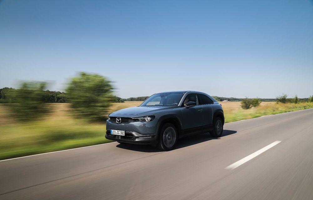 Întâlnire cu MX-30, prima electrică Mazda: autonomia de 200 de kilometri - între probleme de imagine, cifre oficiale și realități - Poza 9