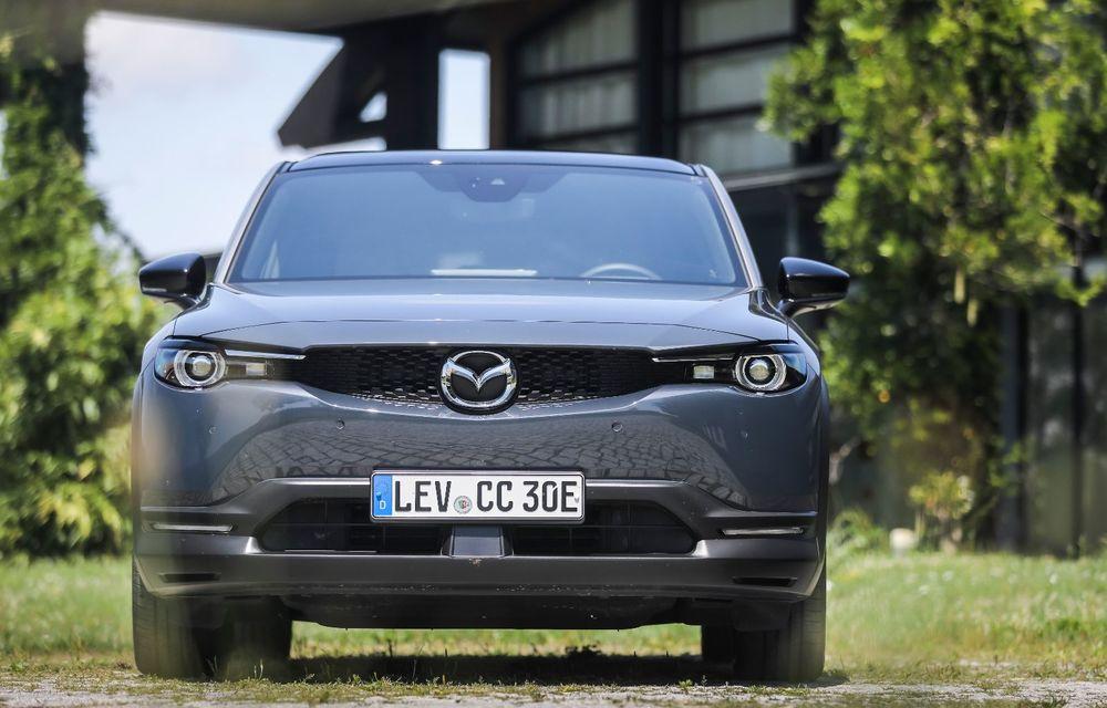 Întâlnire cu MX-30, prima electrică Mazda: autonomia de 200 de kilometri - între probleme de imagine, cifre oficiale și realități - Poza 37