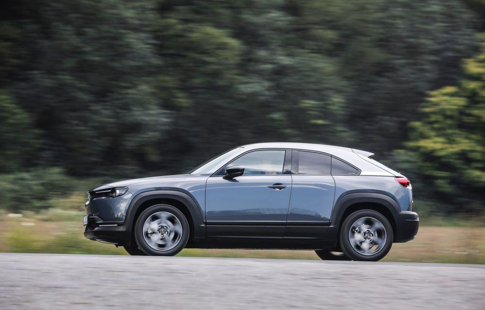 Întâlnire cu MX-30, prima electrică Mazda: autonomia de 200 de kilometri - între probleme de imagine, cifre oficiale și realități - Poza 57
