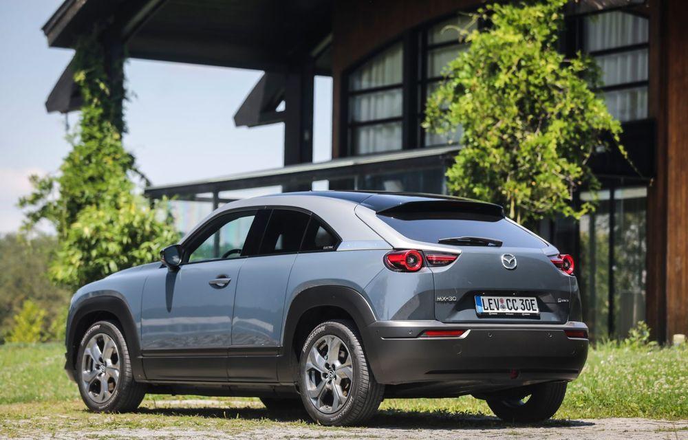 Întâlnire cu MX-30, prima electrică Mazda: autonomia de 200 de kilometri - între probleme de imagine, cifre oficiale și realități - Poza 34
