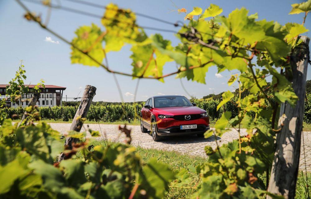 Întâlnire cu MX-30, prima electrică Mazda: autonomia de 200 de kilometri - între probleme de imagine, cifre oficiale și realități - Poza 15