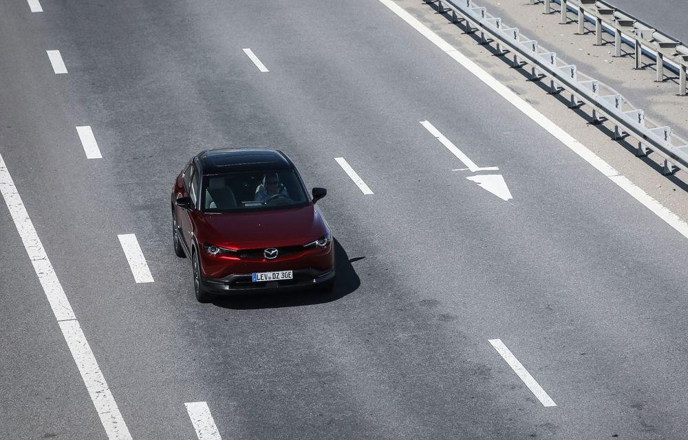 Întâlnire cu MX-30, prima electrică Mazda: autonomia de 200 de kilometri - între probleme de imagine, cifre oficiale și realități - Poza 56