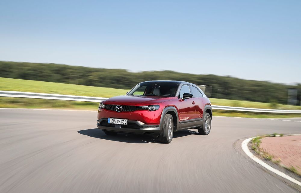 Întâlnire cu MX-30, prima electrică Mazda: autonomia de 200 de kilometri - între probleme de imagine, cifre oficiale și realități - Poza 18