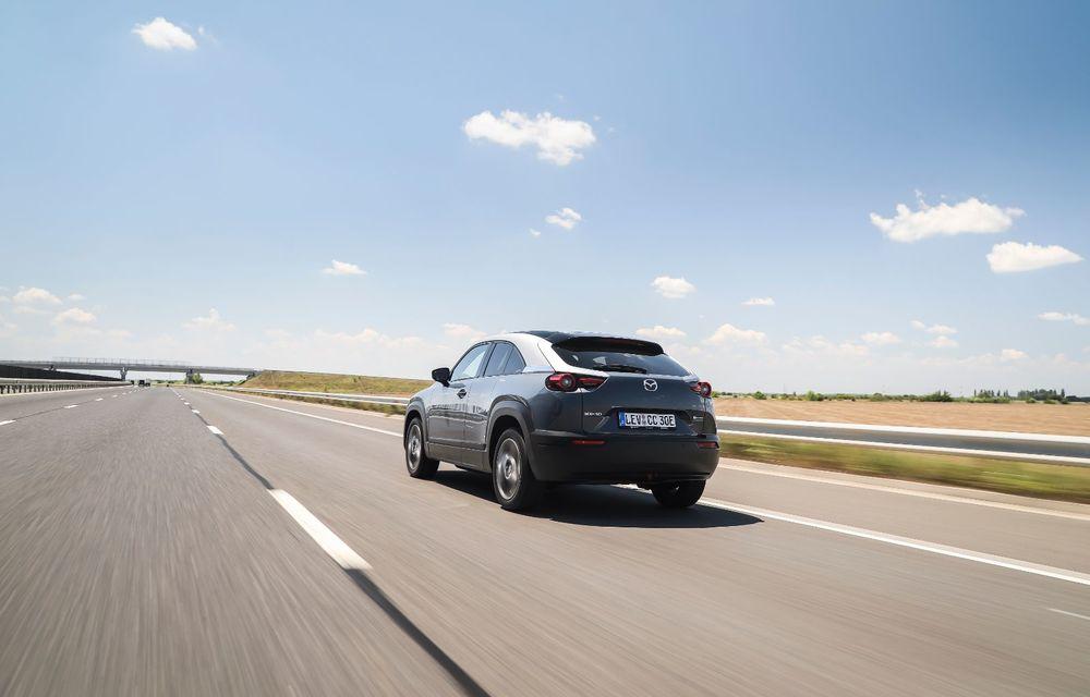 Întâlnire cu MX-30, prima electrică Mazda: autonomia de 200 de kilometri - între probleme de imagine, cifre oficiale și realități - Poza 41