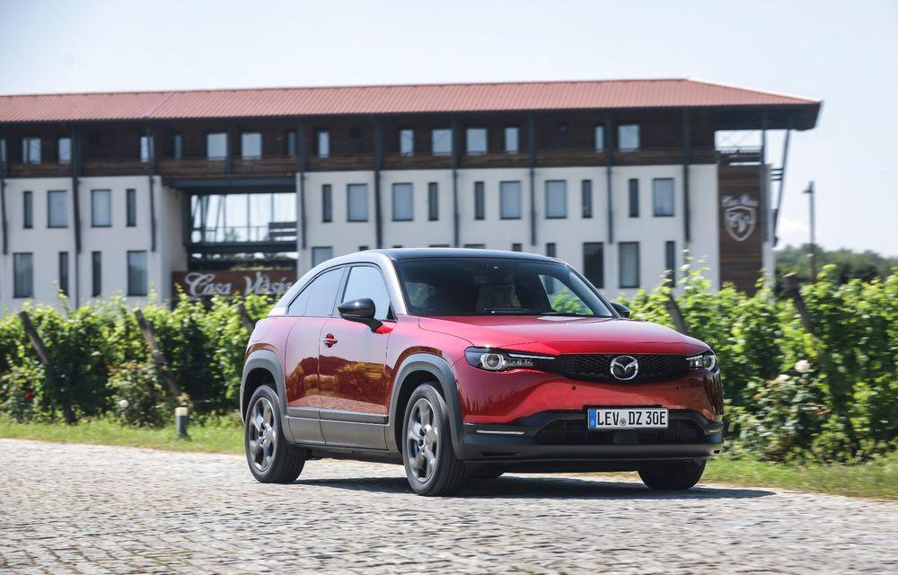 Întâlnire cu MX-30, prima electrică Mazda: autonomia de 200 de kilometri - între probleme de imagine, cifre oficiale și realități - Poza 29