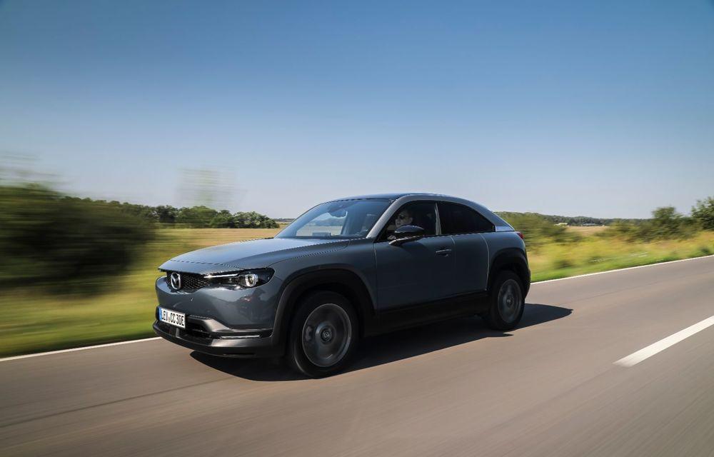Întâlnire cu MX-30, prima electrică Mazda: autonomia de 200 de kilometri - între probleme de imagine, cifre oficiale și realități - Poza 8