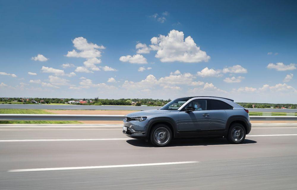 Întâlnire cu MX-30, prima electrică Mazda: autonomia de 200 de kilometri - între probleme de imagine, cifre oficiale și realități - Poza 39