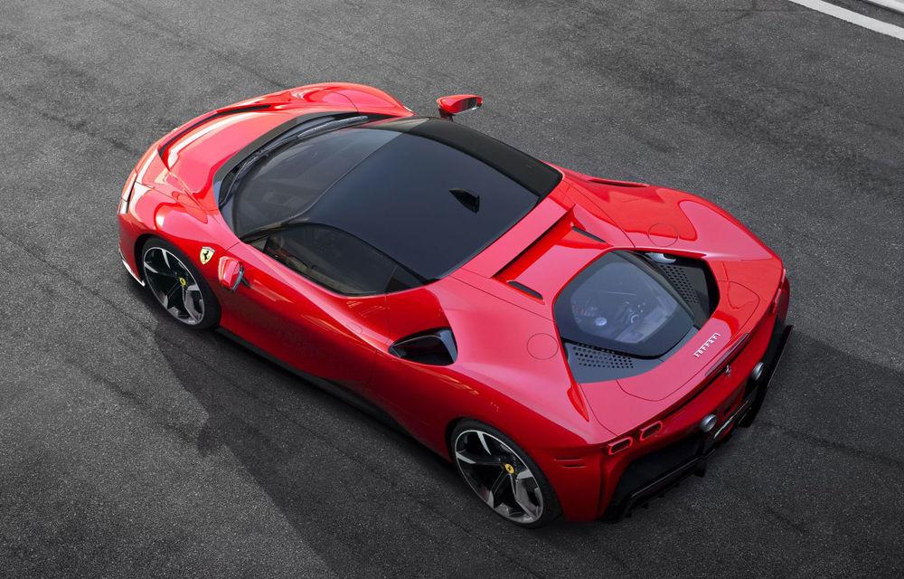 Ferrari amână livrările lui SF90 Stradale: supercar-ul plug-in hybrid va ajunge la clienți spre finalul anului - Poza 1