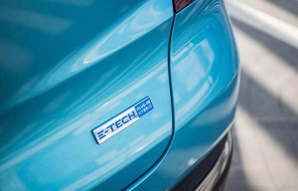 Renault deschide în România pre-comenzile pentru versiunea plug-in hybrid a lui Captur: 28.800 de euro pentru varianta de echipare de top - Poza 11